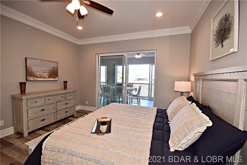 1184 Jeffries Road UNIT #211 Osage Beach, MO 65065