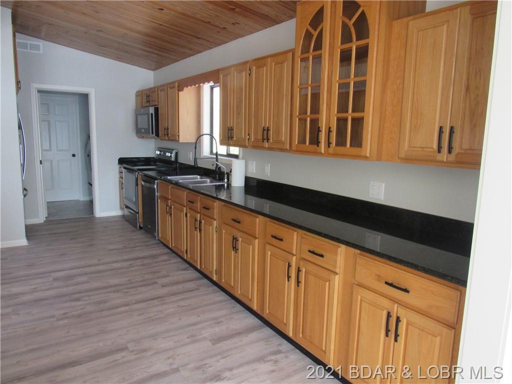 574 Mistwood Bluff Road Camdenton, MO 65020