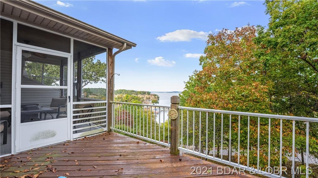 427 Grandview Drive Lake Ozark, MO 65049