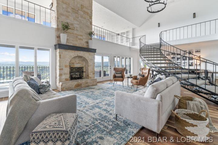 493 Shady Drive Out of Area , MO 65616