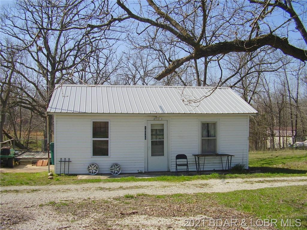 16045 W Us Hwy Macks Creek, MO 65786