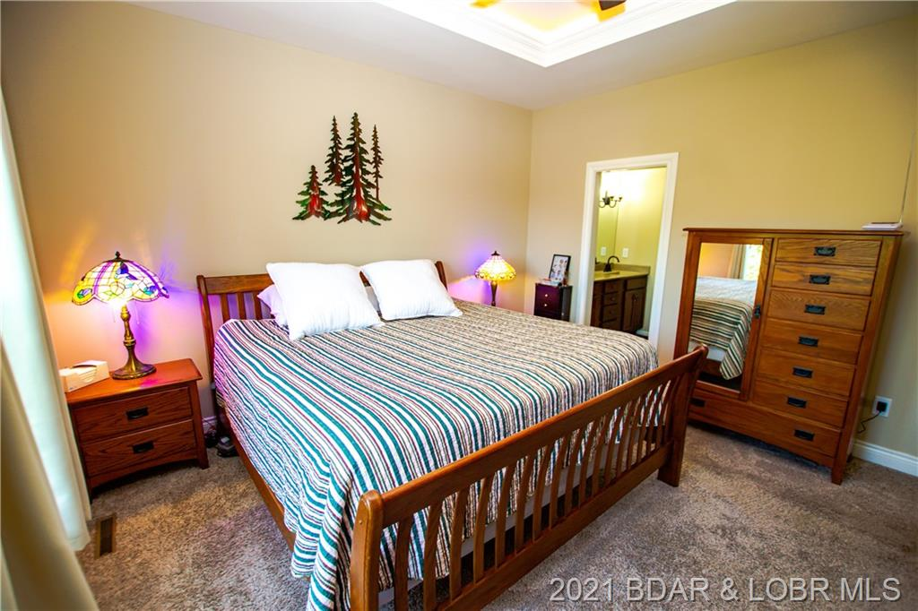 43 Kestrel Court Lake Ozark, MO 65049