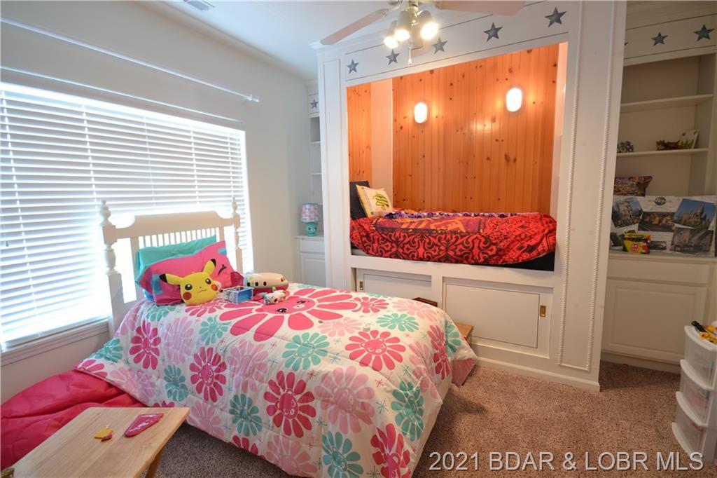 5450 Christopher Drive UNIT #242 Osage Beach, MO 65065