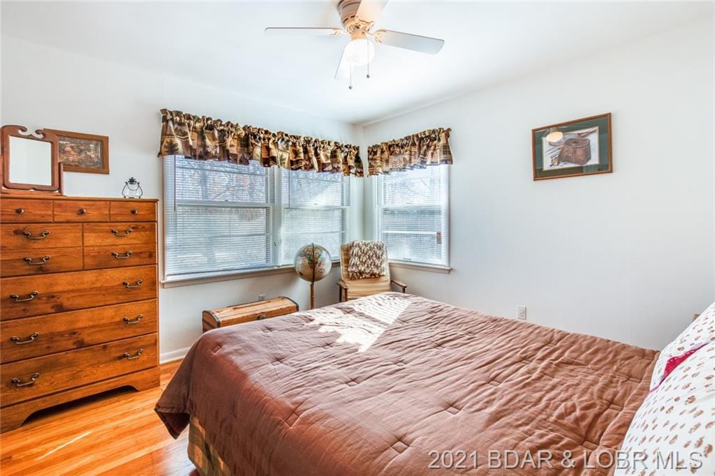 27786 Hollis Circle Rocky Mount, MO 65072