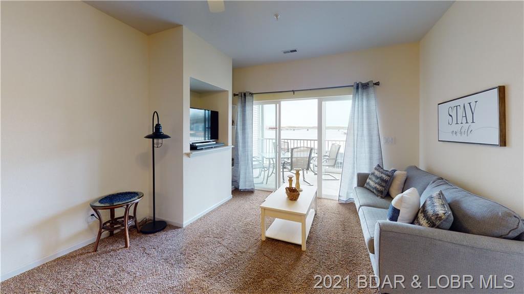4935 Robins Circle UNIT #121 Osage Beach, MO 65065