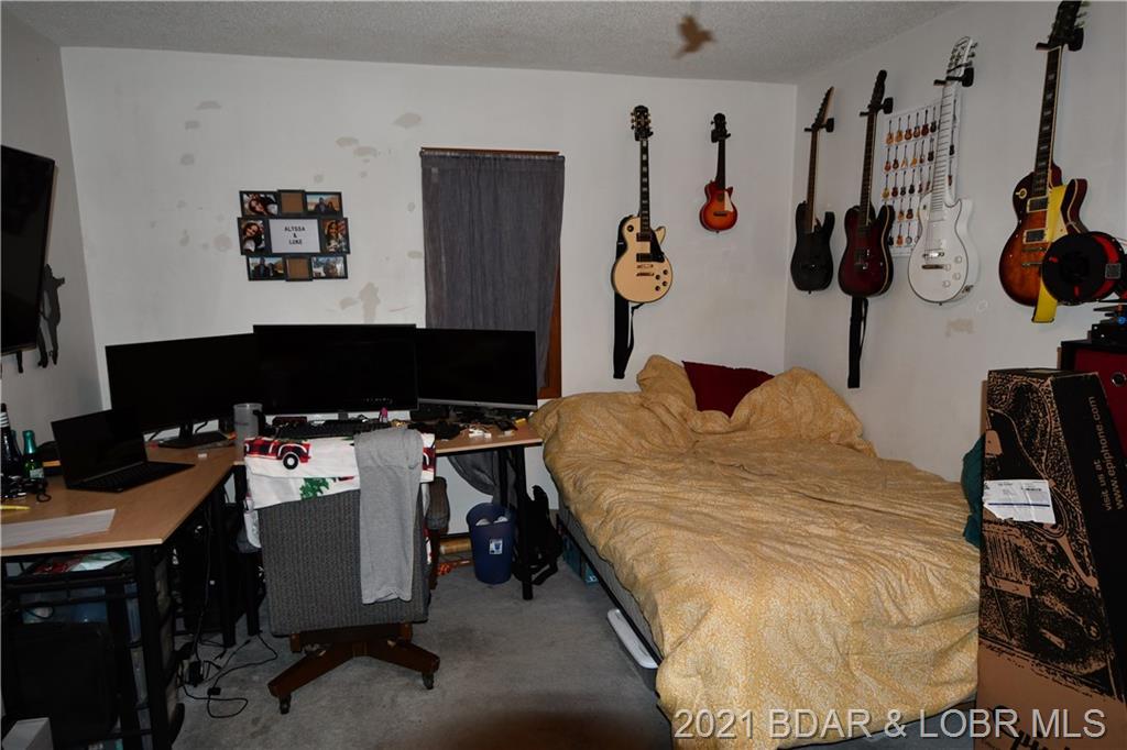 50 Bob White Lane Lake Ozark, MO 65049
