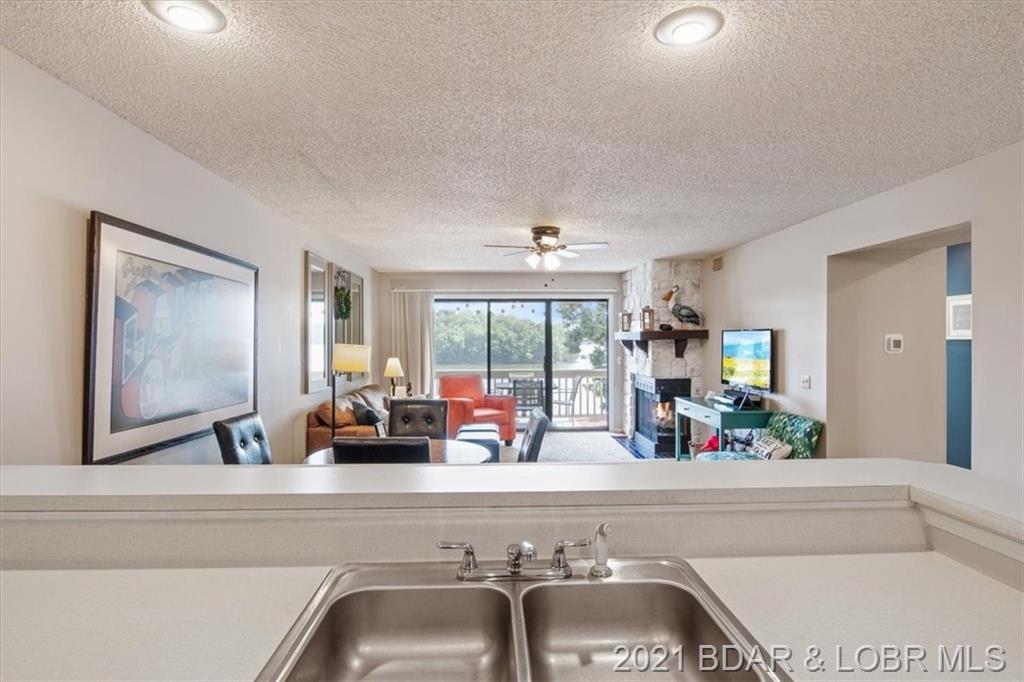 6570 Pelican Drive UNIT #206 Osage Beach, MO 65065