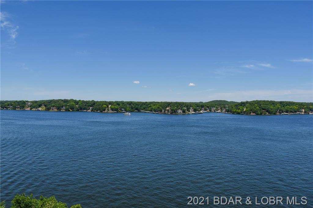 166 Falls Point Drive UNIT 1B Lake Ozark, MO 65049