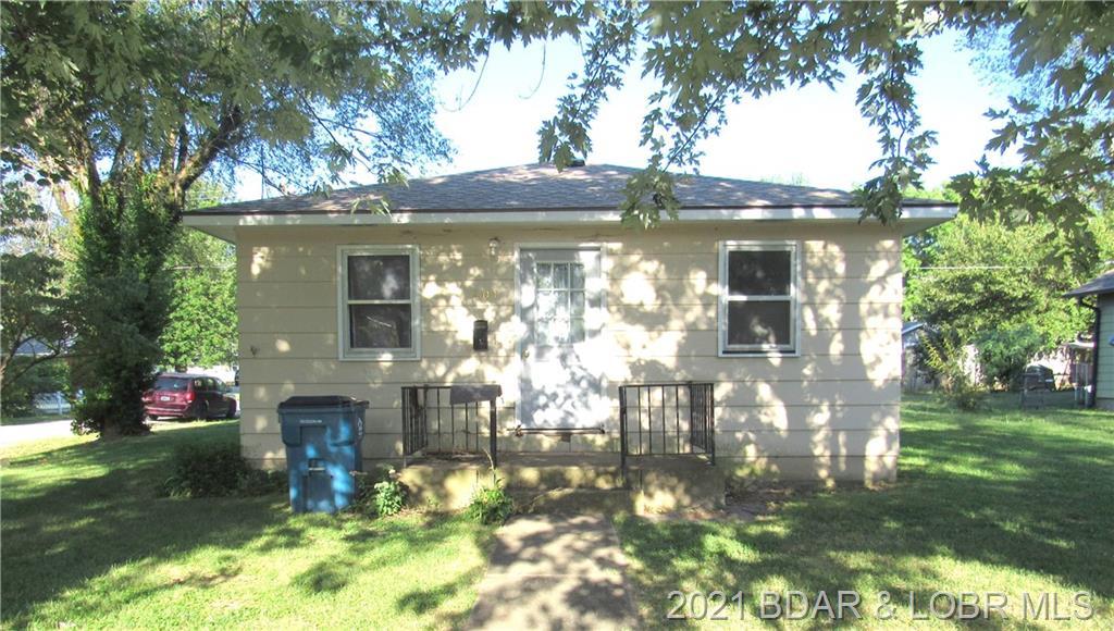 401 N. Oak Street Eldon, MO 65026