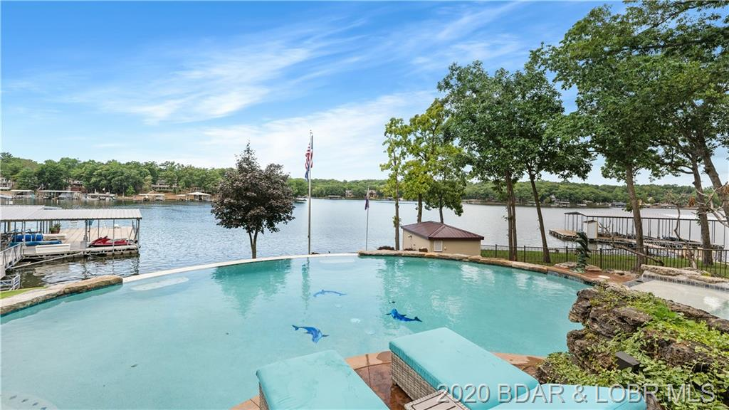 117 Crabapple Circle Four Seasons, MO 65049