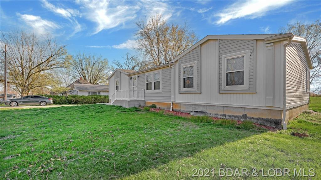 904 Colorado Avenue Eldon, MO 65026