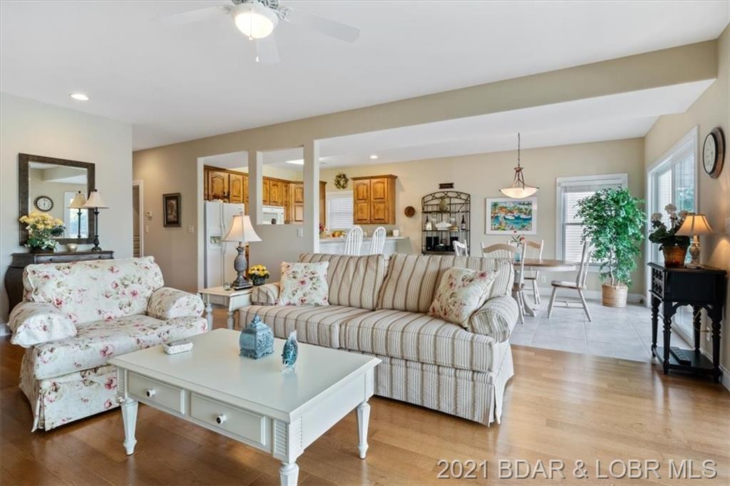 20312 Timberlake Drive UNIT #521 Rocky Mount, MO 65072