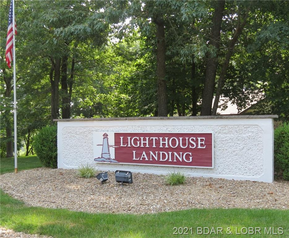 40 Lighthouse Road UNIT 3-104 Lake Ozark, MO 65049