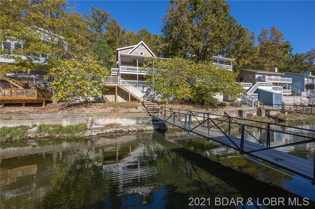 98 Tara Racetrack Cove Linn Creek, MO 65052