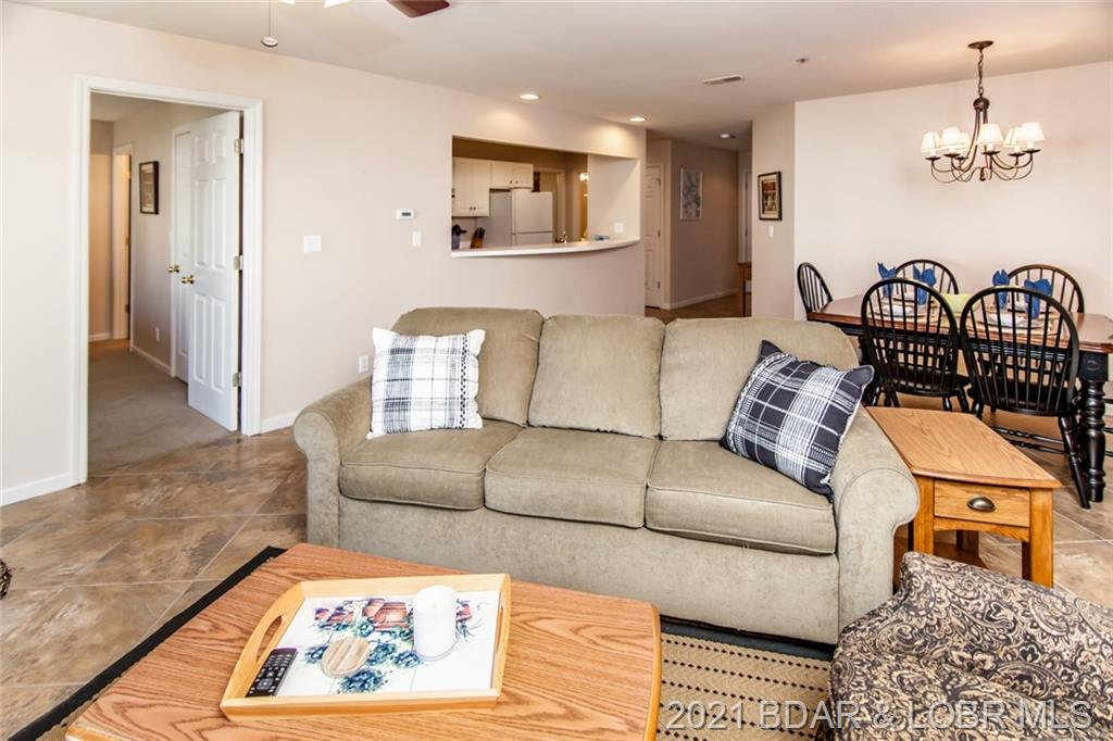 4800 Eagleview Drive Unit #522 Osage Beach, MO 65065