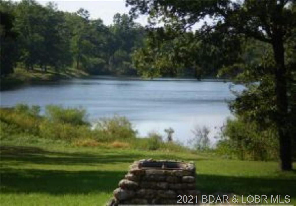 8 Lake of the Woods Macks Creek, MO 65786