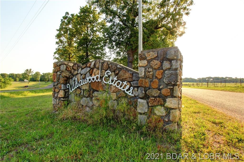 Wildwood Lane Versailles, MO 65084
