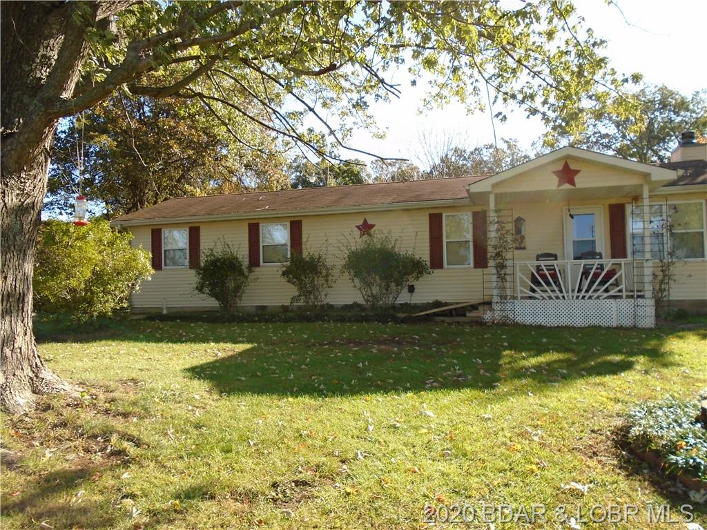 1264 State Rd Ff Edwards, MO 65326