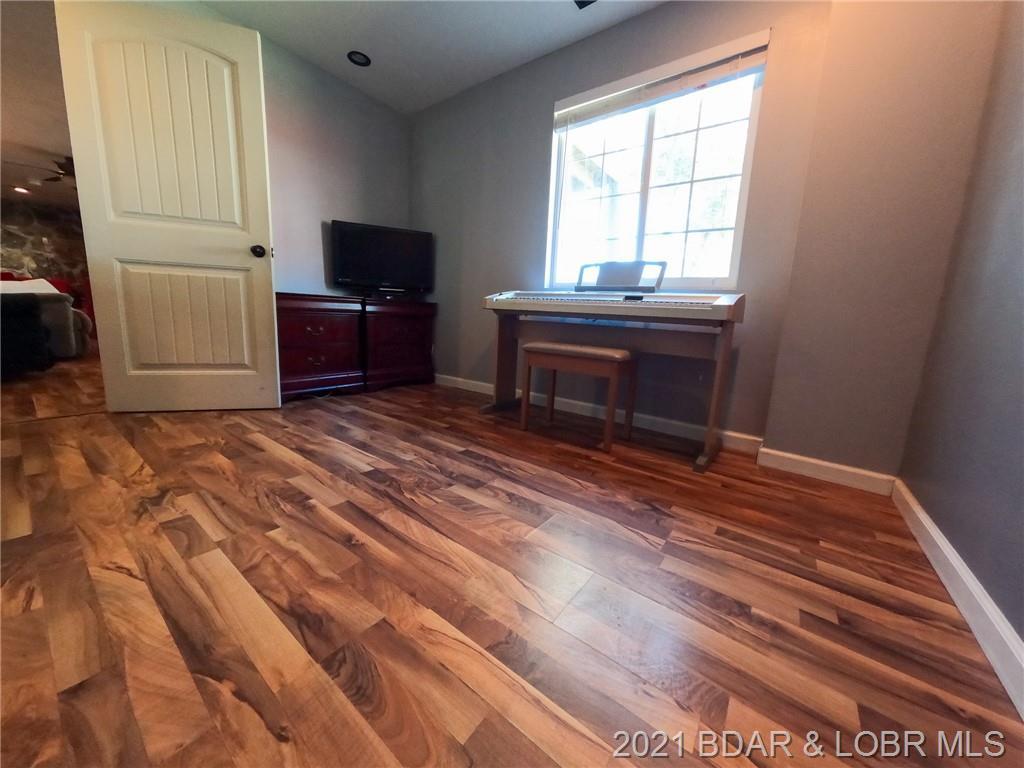 2439 Mohawk Estates Lane Osage Beach, MO 65065