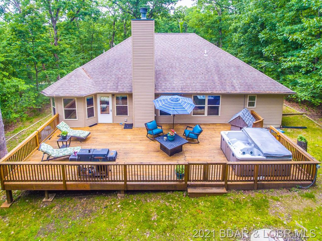 1922 Imperial Point Drive Four Seasons, MO 65049