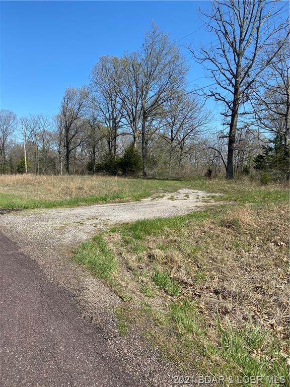 Acres Hwy T Stover, MO 65078