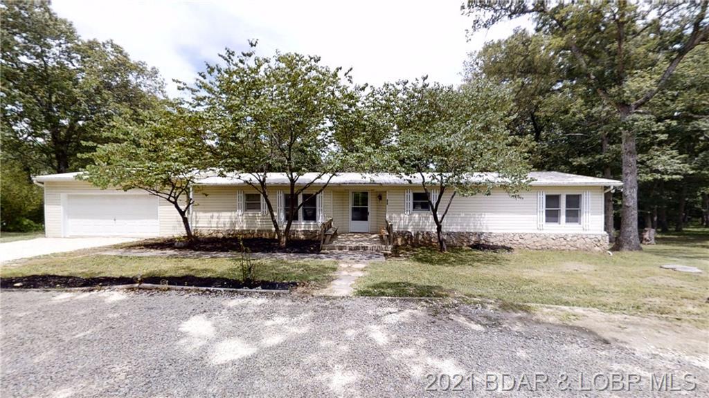 370 State Hwy V Linn Creek, MO 65052