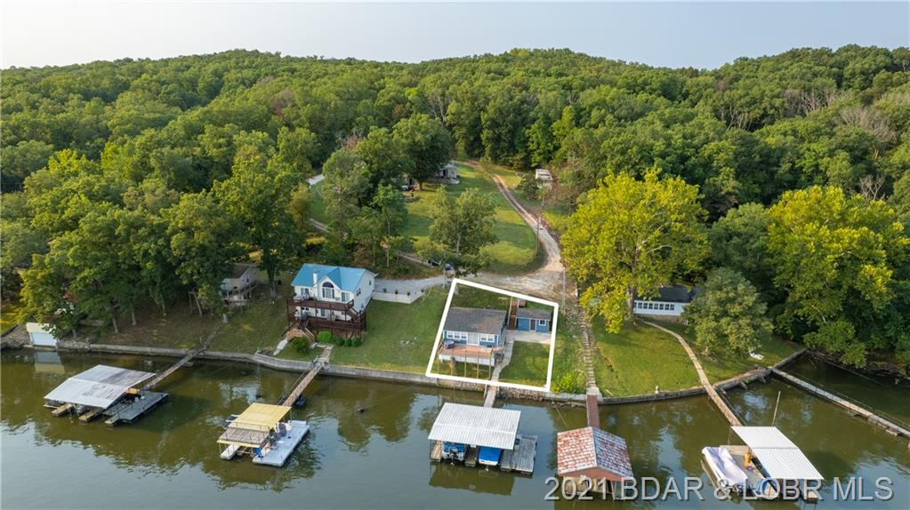 79 Morris Rest Point Climax Springs, MO 65324