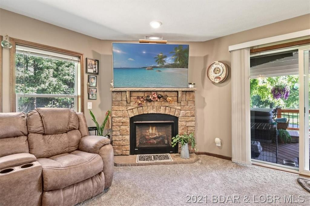 271 Purvis Road Sunrise Beach, MO 65079