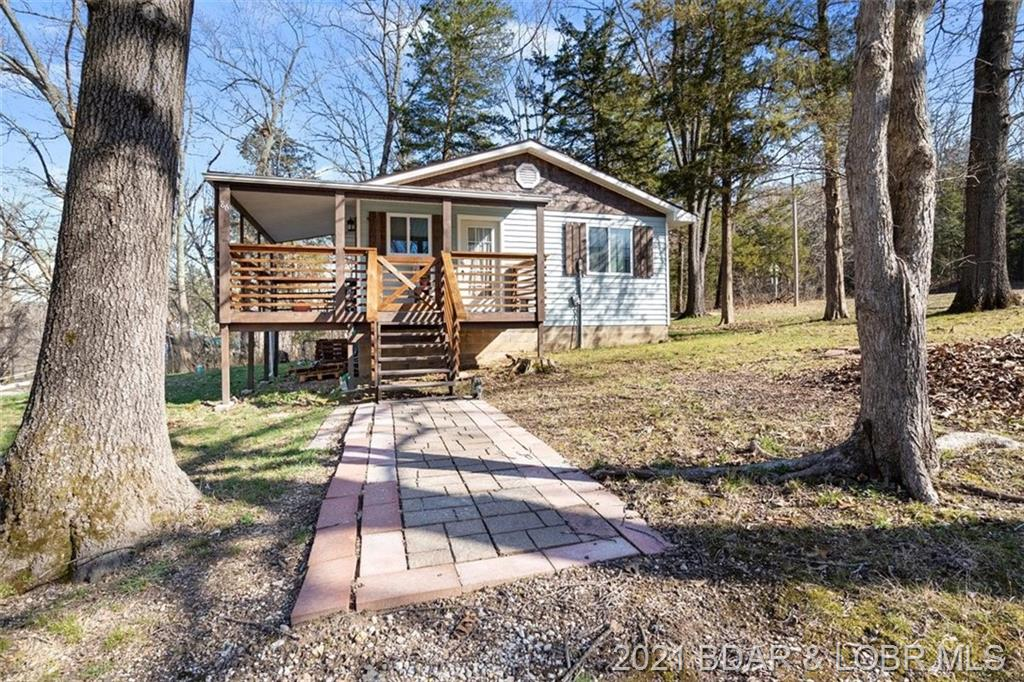 86 Cliff House Acres Circle Camdenton, MO 65020