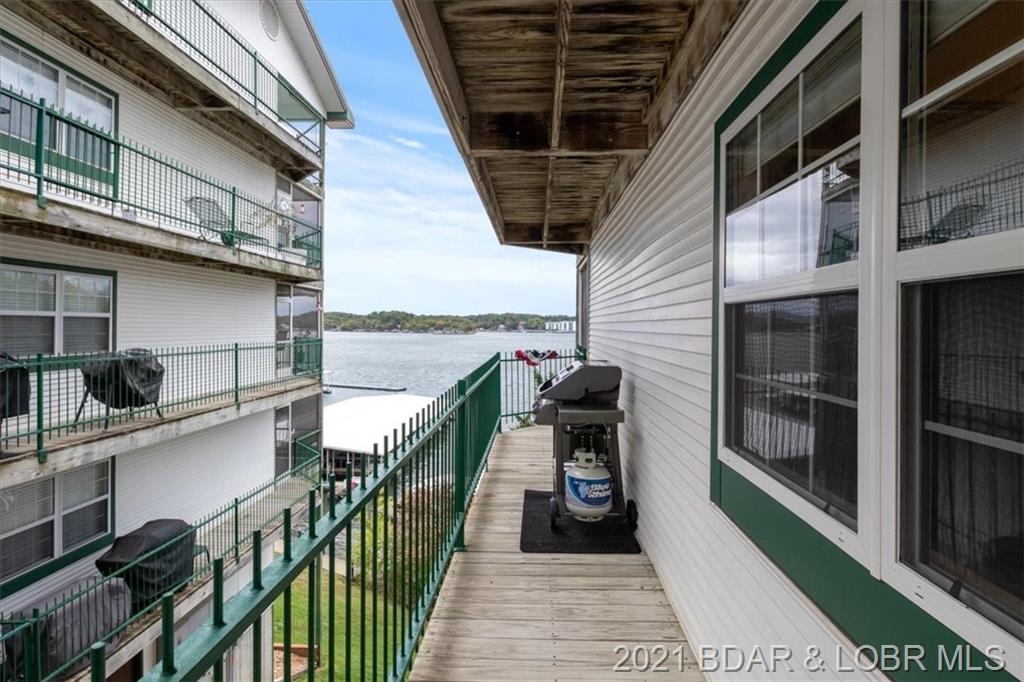 100 W Harbour Towne Drive UNIT 1002W Lake Ozark, MO 65049