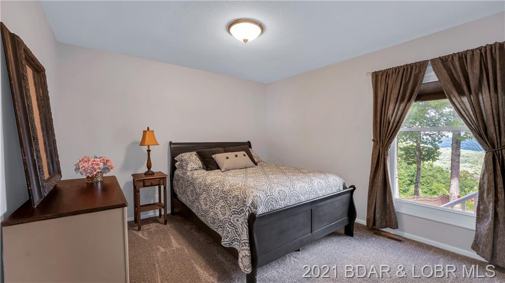 1165 Thunder Mountain Road Camdenton, MO 65020