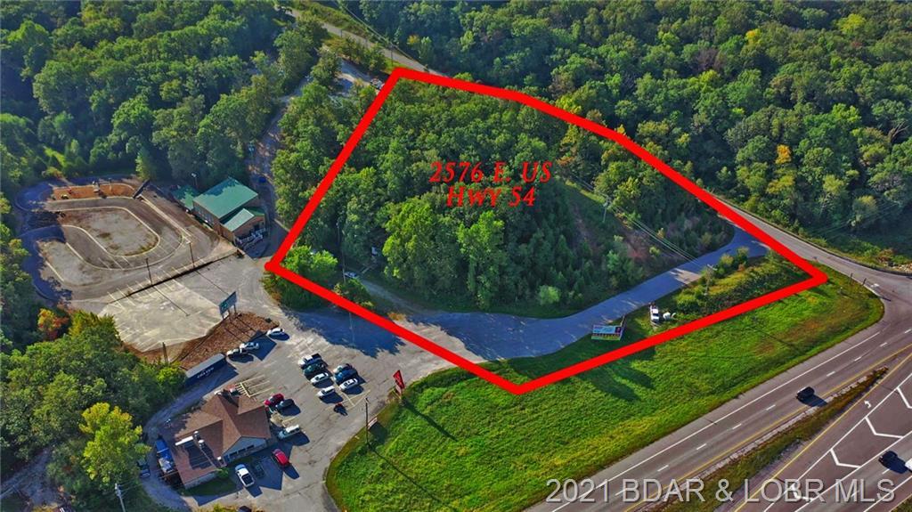 2576 E Us Hwy 54 Linn Creek, MO 65052
