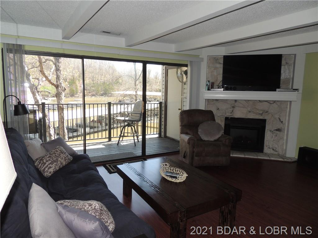 42 Tennis Lane 1a UNIT 17-1A Lake Ozark, MO 65049