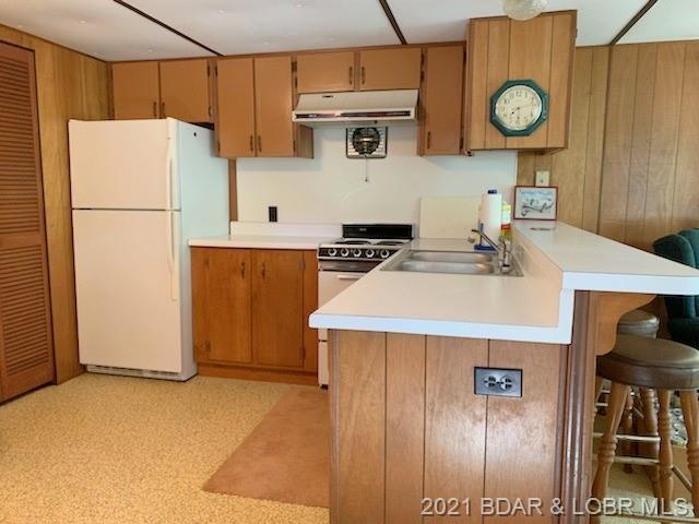 17 Hastings Lane Climax Springs, MO 65324
