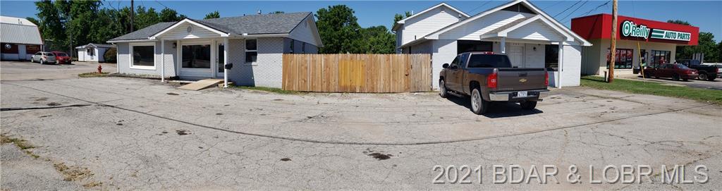 703 S Aurora Street Eldon, MO 65026