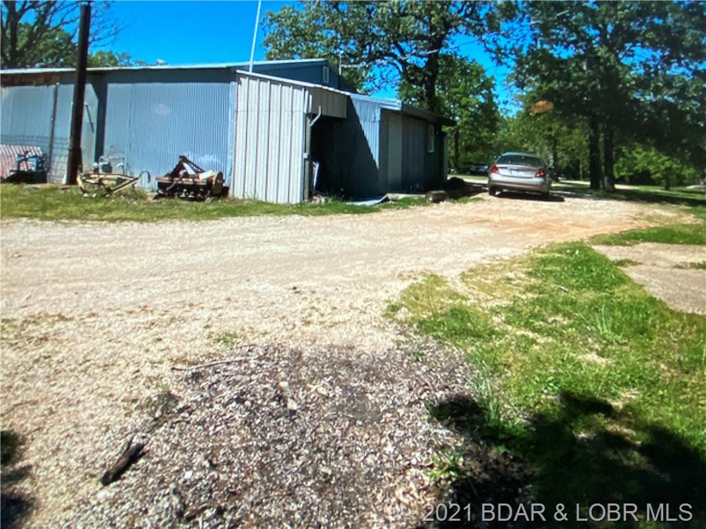 1201 & 120 State O Road Laurie, MO 65037
