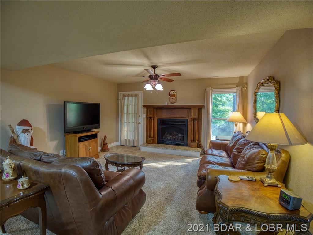 6102 Oak Creek Drive Osage Beach, MO 65065