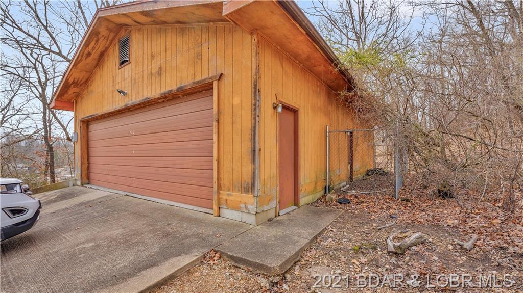 372 Heart Lane Point Linn Creek, MO 65052