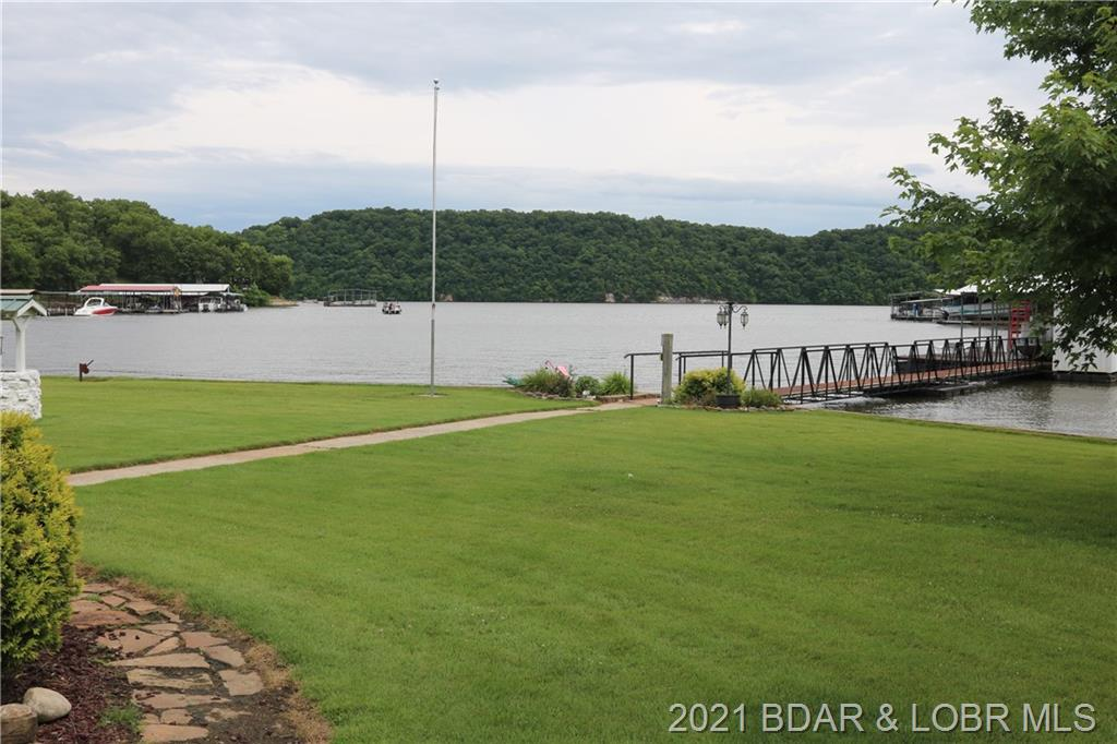 34272 Ivy Bend Road Stover, MO 65078