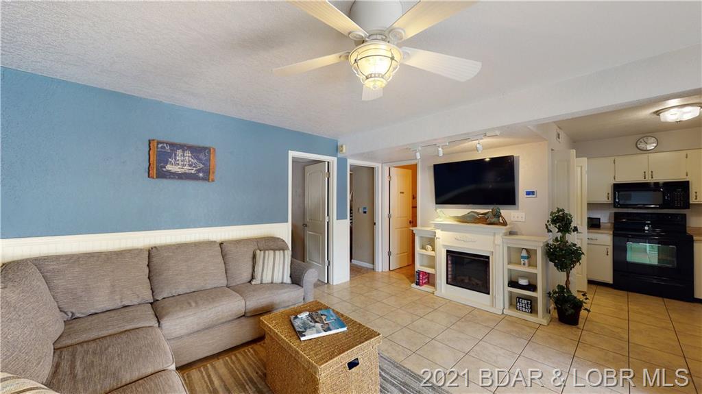321 Summerhaven UNIT #321 Lake Ozark, MO 65049