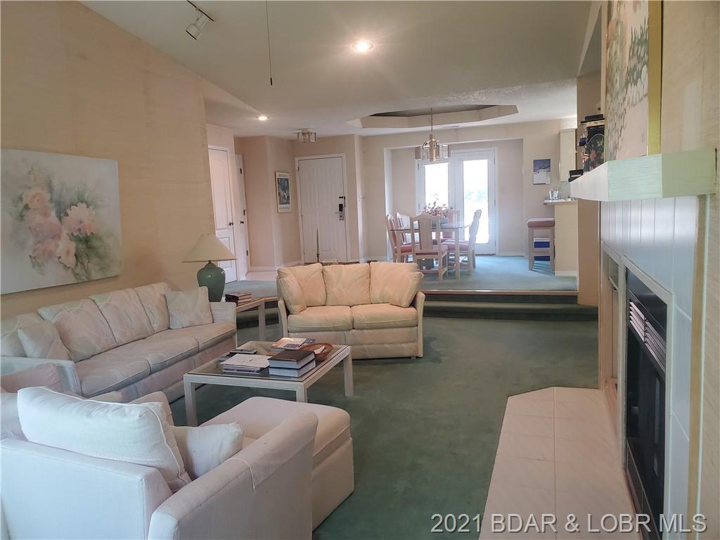 28 Center Court UNIT 3B Lake Ozark, MO 65049