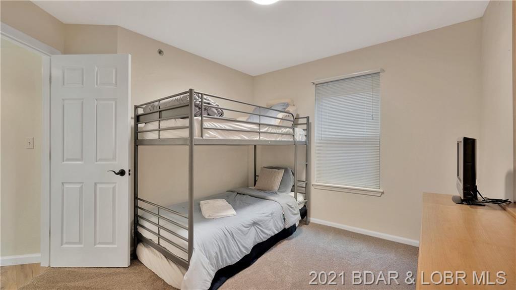 222 Park Place Lane UNIT 1-C Kaiser, MO 65047