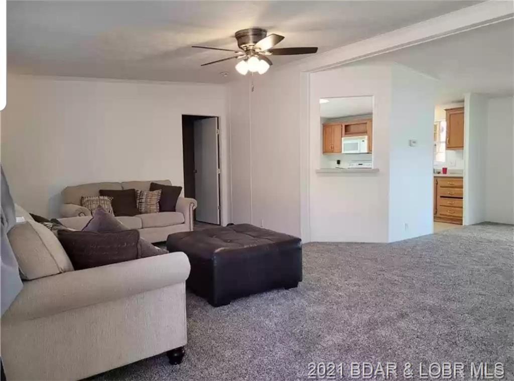 510 W Lakeview Drive Eldon, MO 65026