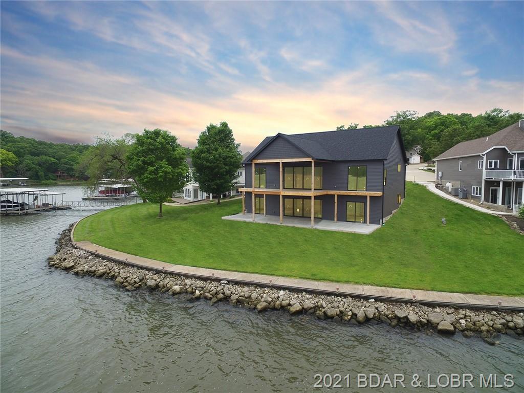 448 Heart Lane Point Linn Creek, MO 65052