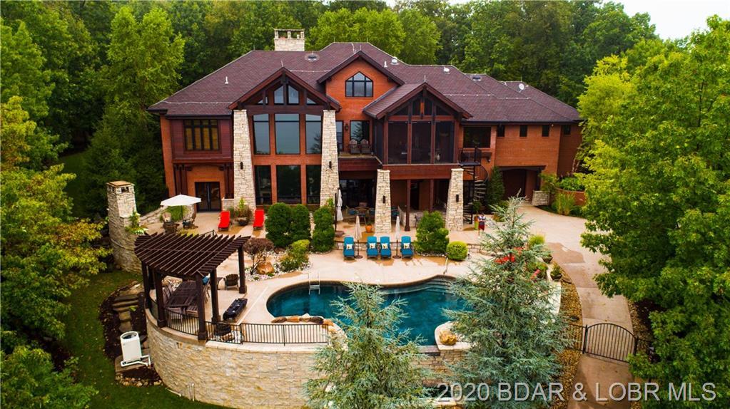 932 Brookhaven Lane Villages, MO 65079