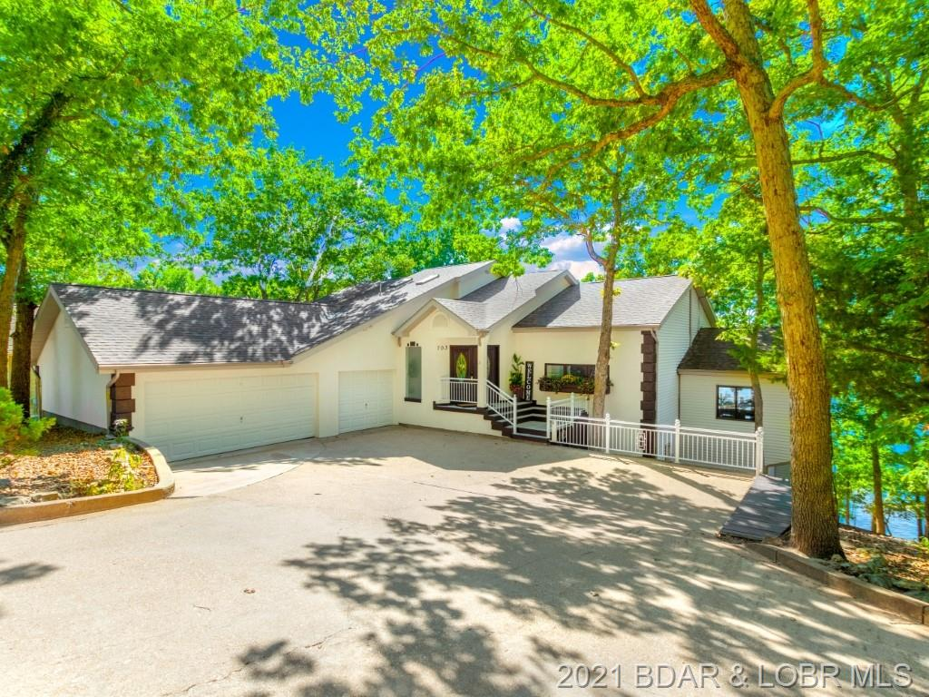 703 Imperial Point Drive Four Seasons, MO 65049