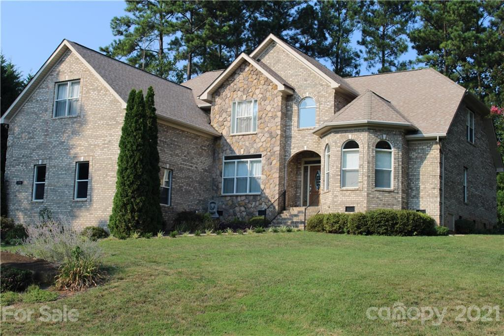 154 Indian Trail Mooresville, NC 28117