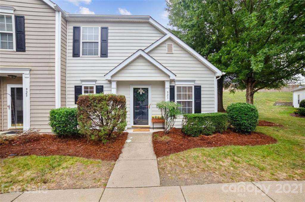 923 Heritage Parkway Fort Mill, SC 29715