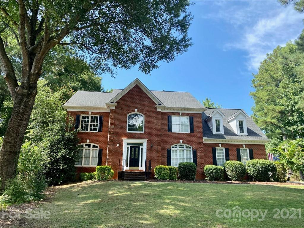 5110 Rotherfield Court Charlotte, NC 28277