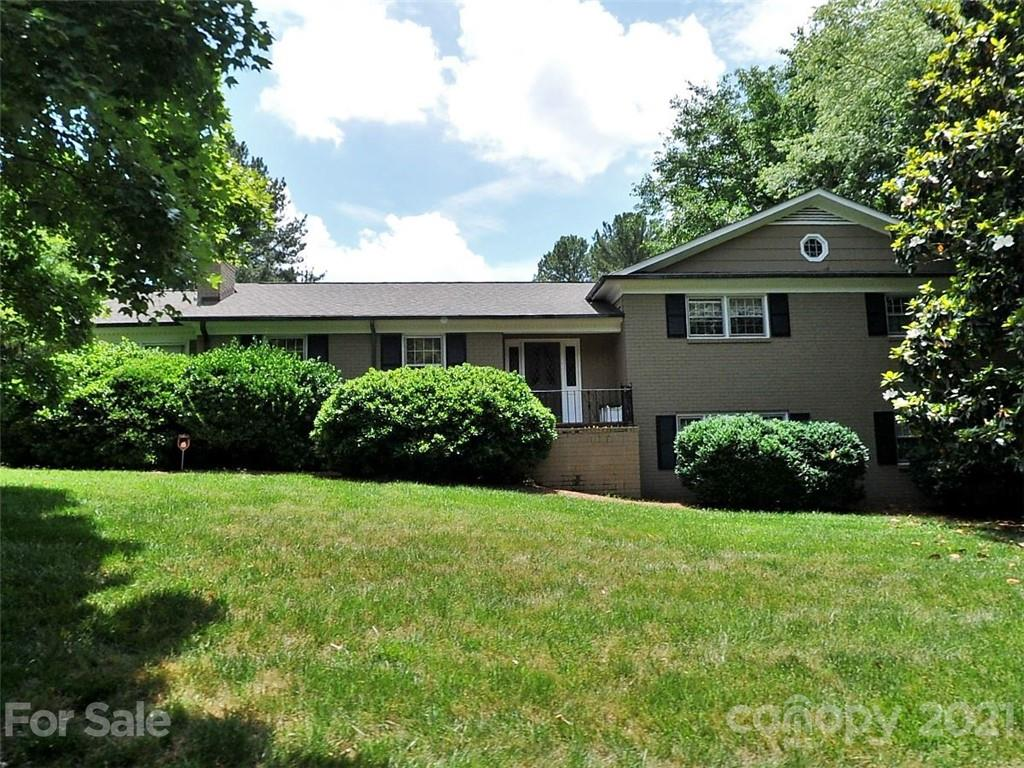 2911 Ferncliff Road Charlotte, NC 28211